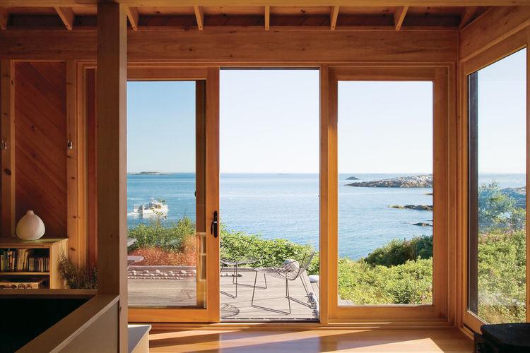 1435169515-porter-cottage-view