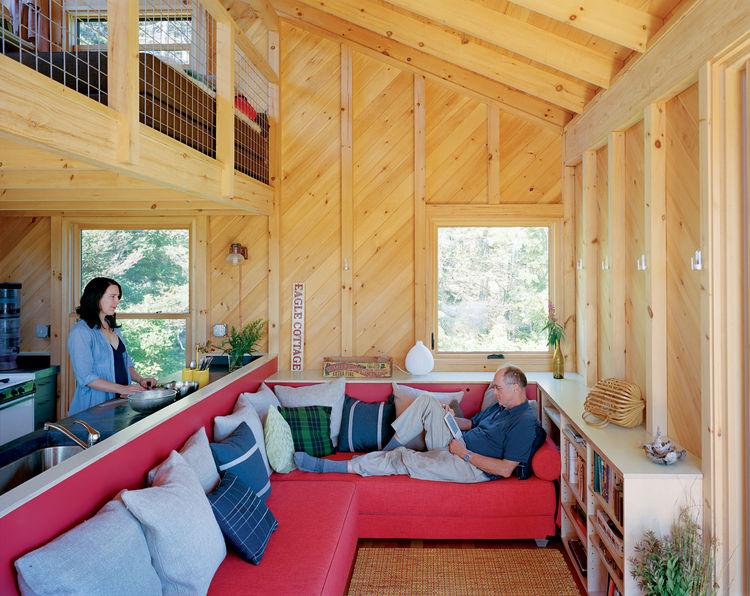 1435169685-porter-cottage-living-room-portrait